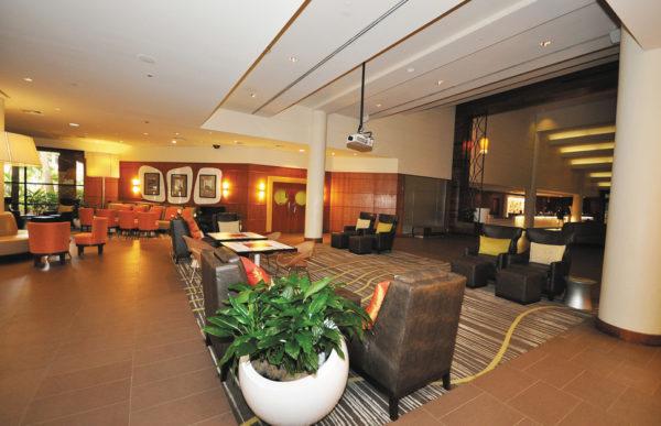 8258-9-hotel_carousel_large